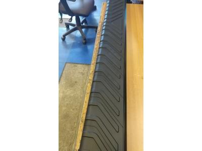 Пороги алюминиевые BOSPHORUS BLACK для Suzuki Grand Vitara 3 двери 2005-2015