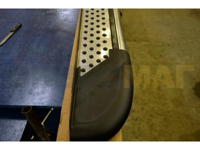 Пороги алюминиевые MAYDOS для Suzuki Grand Vitara 3 двери